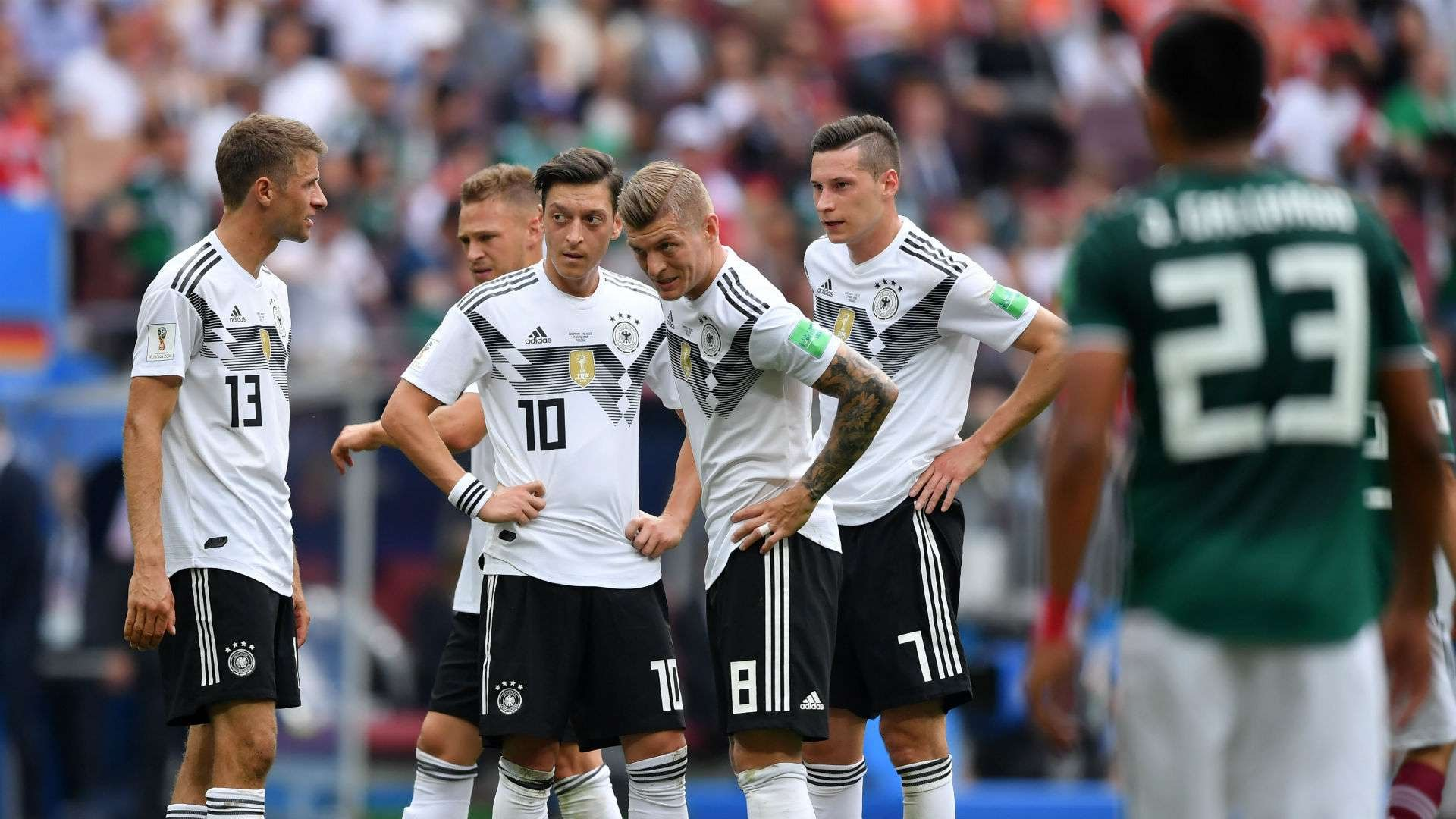 Toni Kroos Mesut Ozil Germany 2018