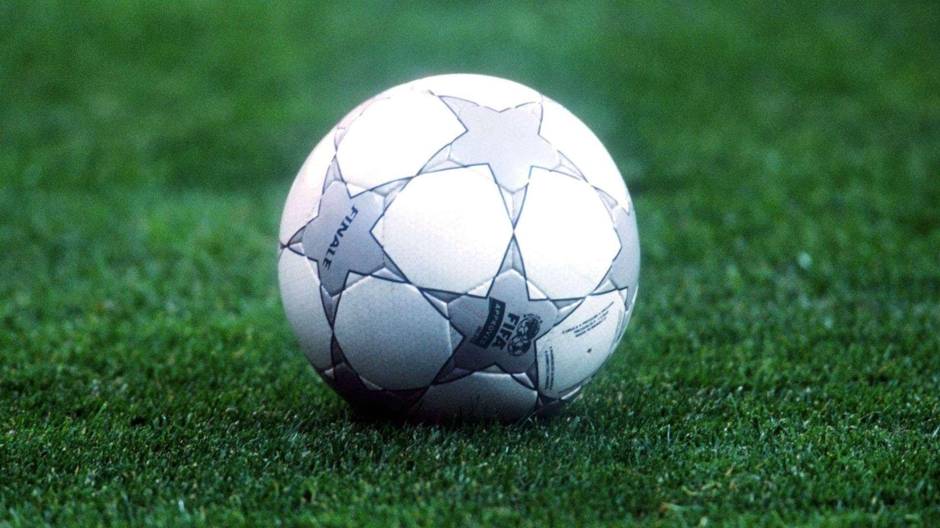 Adidas Finale Champions League ball 2000-01